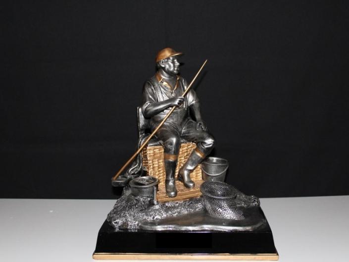 Trofee-1411-25-30-en-35-cm