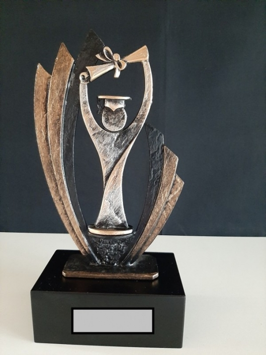 Trofee-420-754-27-cm