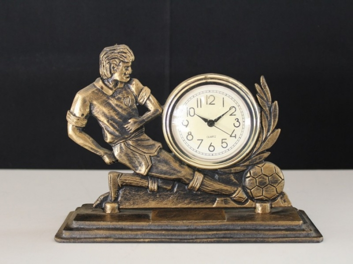 Trofee-Voetbal-klok-15-cm
